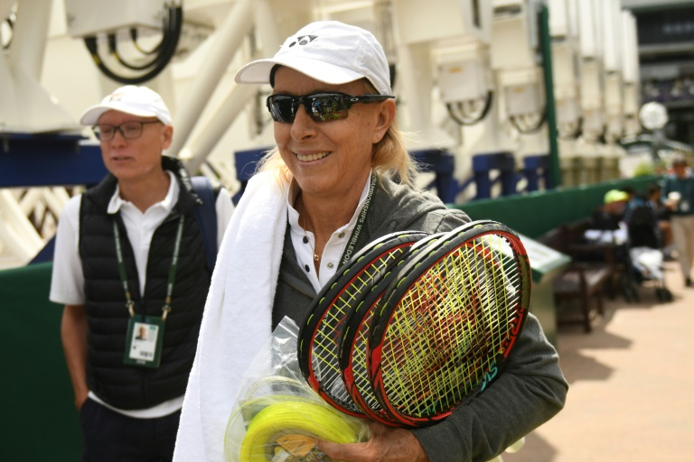 Navratilova to Serena: Even if guys do it, it's wrong