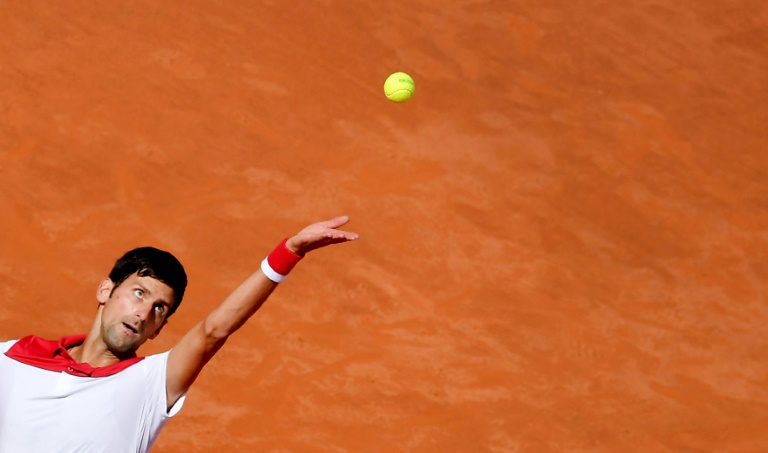 Djokovic finds his feet on Rome clay after injury nightmare
