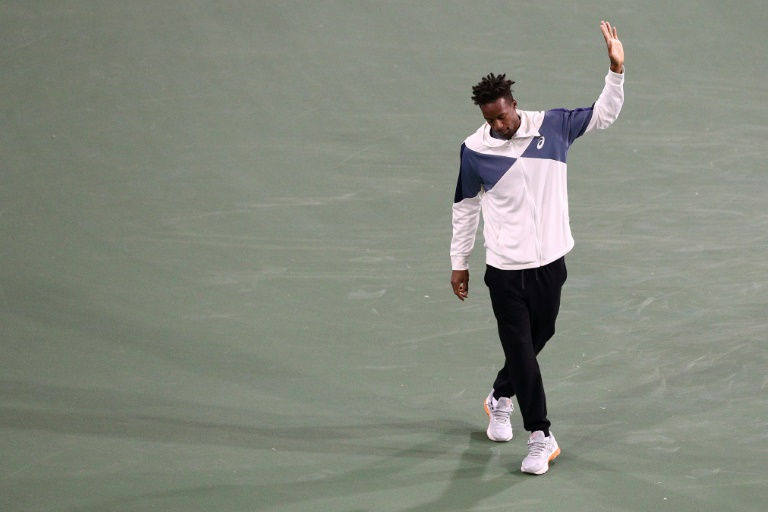 Thiem into Indian Wells semi-finals as injured Monfils withdraws
