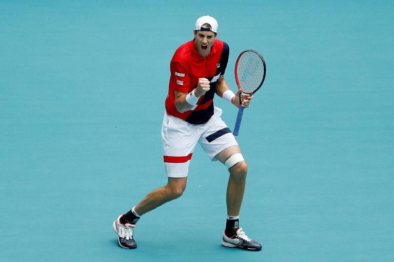 Le tenant du titre John Isner en 8e de finale à Miami