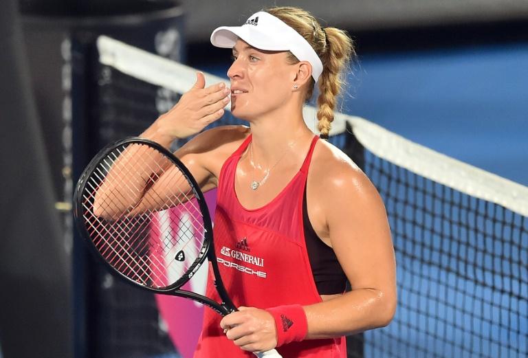 Kerber affrontera Barty en finale à Sydney
