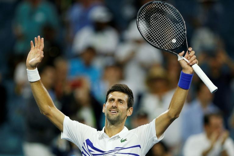Djokovic downs Delbonis, Halep battles into Miami 4th round