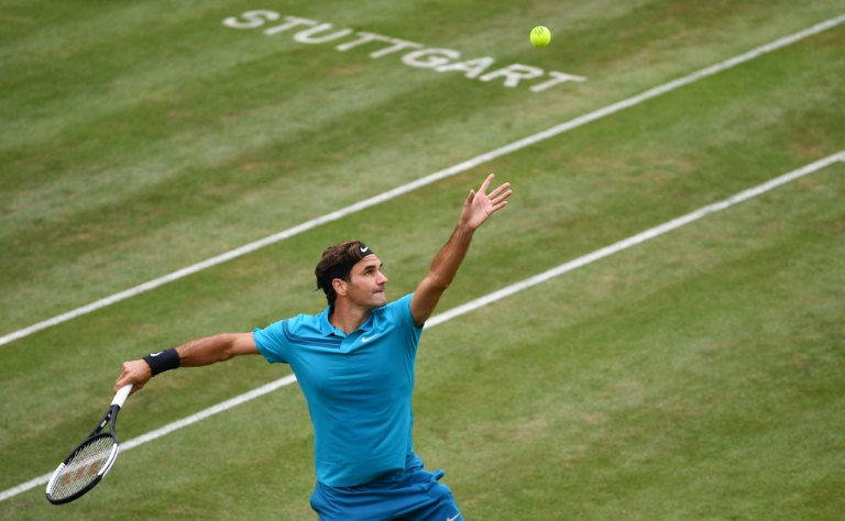 Retour gagnant pour Federer à Stuttgart