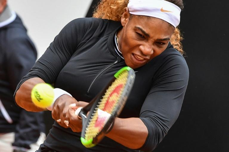 Family affair as Serena, Venus set up Rome rematch