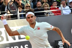 new product c8a5c f242b Federer, Nadal et Djokovic en quarts à Rome, Osaka sauve son trône - 22 06 4